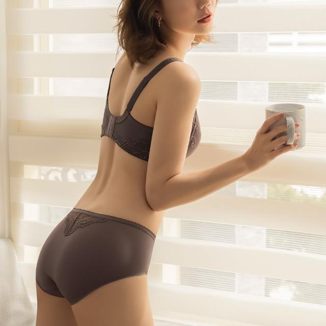 【曼黛瑪璉】無鋼圈 中腰平口內褲(墨羽棕)