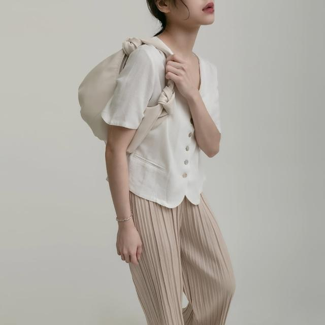 【THE LADYWORE】New Arrival V領棉麻貝殼釦上衣(兩色 1106090119)