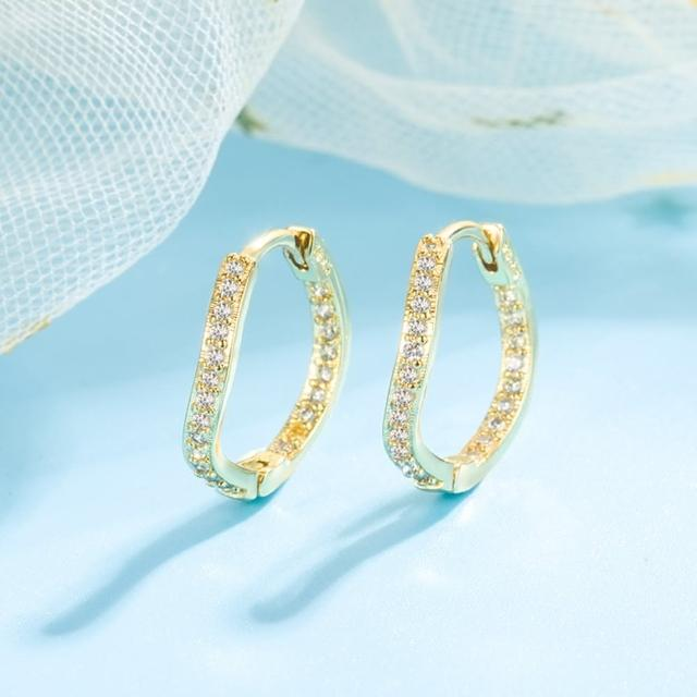 【Emi 艾迷】歐美訂製款不朽優雅線條鋯石環繞耳環