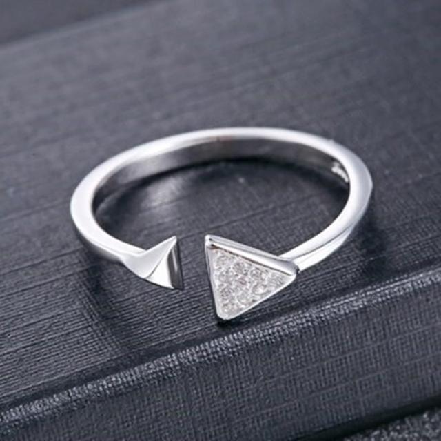 【米蘭精品】925純銀戒指鑲鑽銀飾(典雅迷人三角造型情人節生日禮物女飾品73dx29)