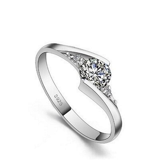 【米蘭精品】925純銀戒指鑲鑽銀飾(時尚典雅繽紛亮眼情人節生日禮物女飾品73dx31)