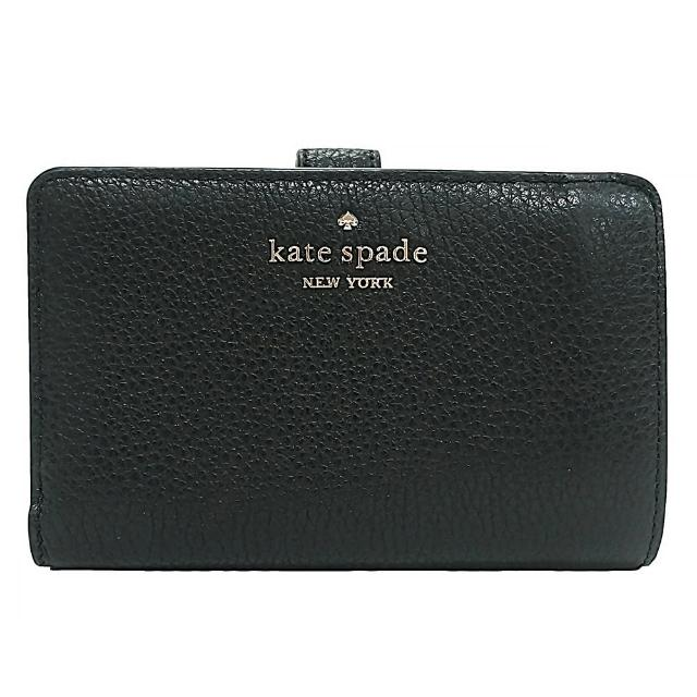 【KATE SPADE】Kate Spade銀字LOGO荔枝紋牛皮9卡釦式拉鍊零錢中夾(黑)